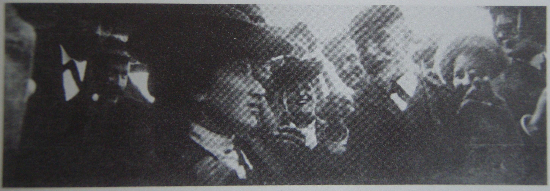 rosa-luxemburg-and-august-bebel-1904-amsterdam-laschitza